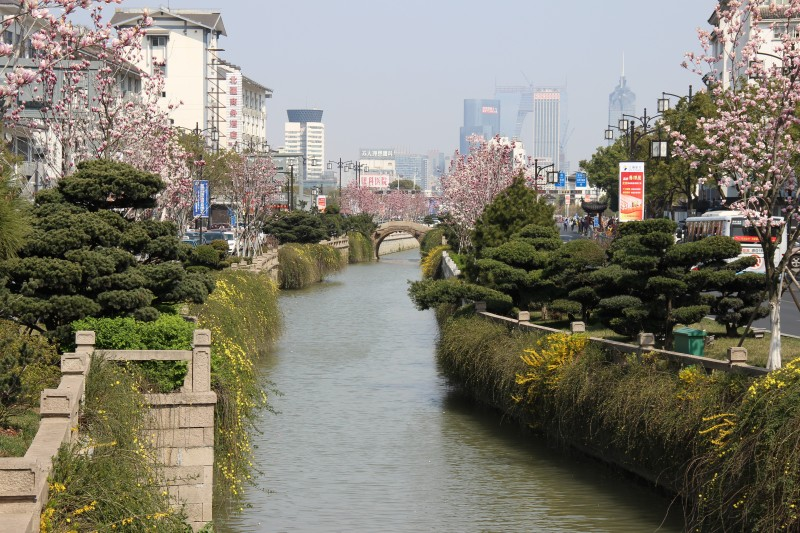 Ganjiang street - canal, surrounded by modern architecture