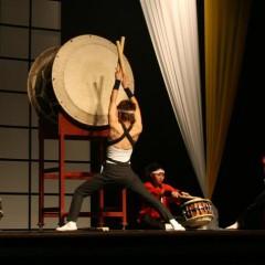 Japoniškų būgnų pasirodymas: Taiko koncertas