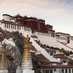 Budistų vienuolių susideginimai Tibete: politinės dimensijos. I dalis