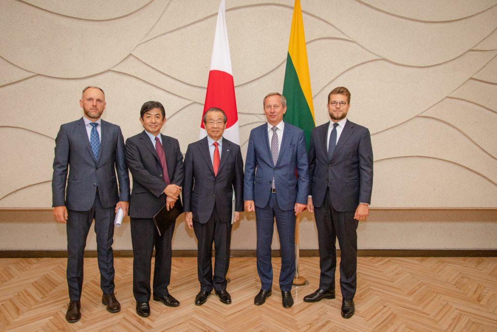 Japonija - viena svarbiausių Lietuvos partnerių Azijoje. Susitikimas su Japonijos bioindustrijų asociacijos prezidentu Osamu Nagayama.