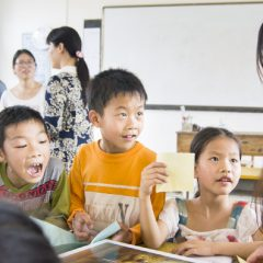 Anglų kalbos mokymas Kinijoje pasiekiamas lietuviams